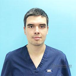 Григорян Артем Романович врач, стоматолог. Медицинский центр НОРМА XXI